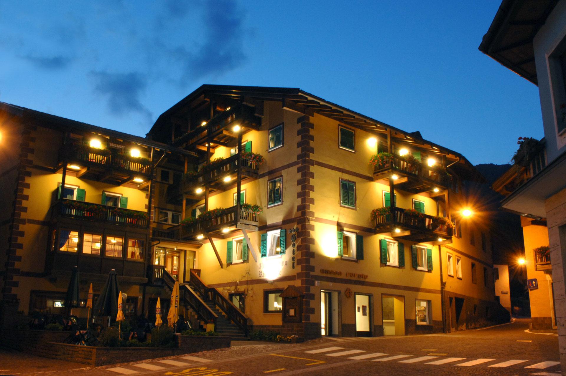 Galleria Hotel Alpino Varena